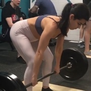 17 years old Fitness girl Natalie Deadlifts