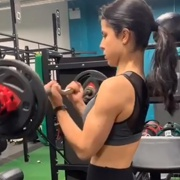 17 years old Fitness girl Natalie Biceps curls